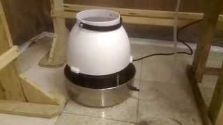 New Centrifugal Humidifier in mushroom grow room(, 2015-08-28T03:37:09.000Z)