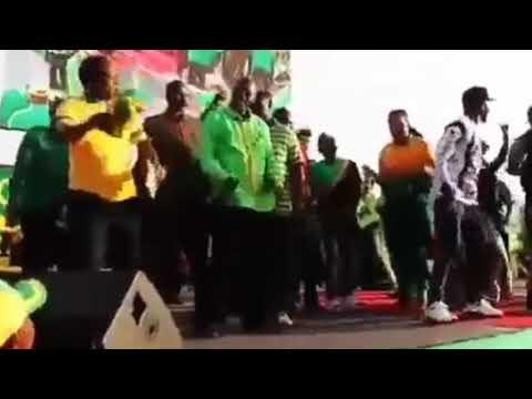 Download LIVE: RAIS MAGUFULI AKISEREBUKA NA TMK WANAUME FAMILY KWA RAHA ZAKE