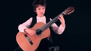 Thần đồng Acoustic guitar thì nhiều nhưng Classical Guitar thì RẤT HIẾM
