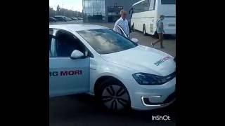 Губернатор на электрокаре(Видео: https://vk.com/new_ulyanovsk., 2016-09-07T06:06:16.000Z)