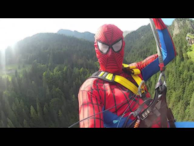Spiderman in Zipline
