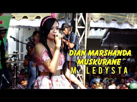 Dian Marshanda ~ Muskurane ~ Om. Ledysta