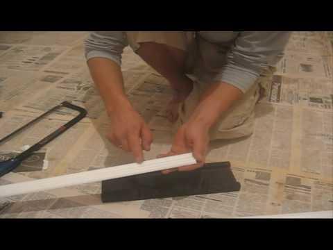 Как стыковать угол потолочного плинтуса?..