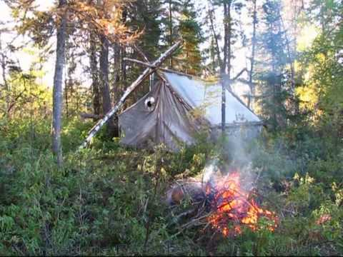 montage d 39 une tente prospecteur retour au chalet en quad youtube. Black Bedroom Furniture Sets. Home Design Ideas