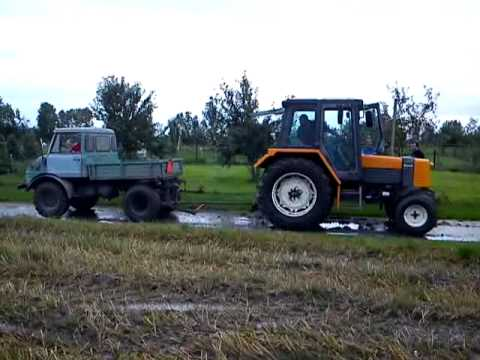 unimog 421 vs renault 1 youtube. Black Bedroom Furniture Sets. Home Design Ideas