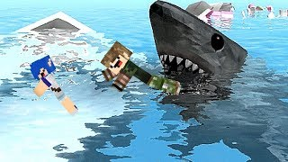 NOI SWIM CON SHARKS IN ROBLOX