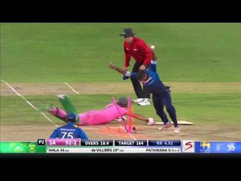 South Africa vs Sri Lanka - 3rd ODI - Hashim Amla Wicket