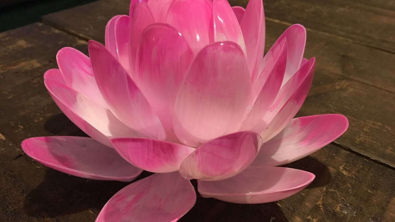 diy plastic spoon lotus flower, Beautiful flower