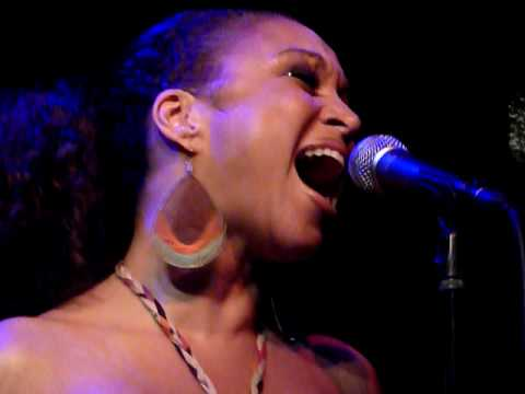 Chante Moore - Chante's Got A Man Live @ Jazz Cafe, London