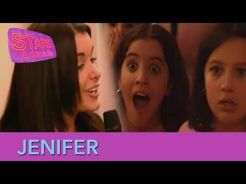Jenifer interrompt un anniversaire - Stars à domicile #5