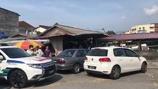 Business as usual at Pasir Pinji, Pasir Puteh markets