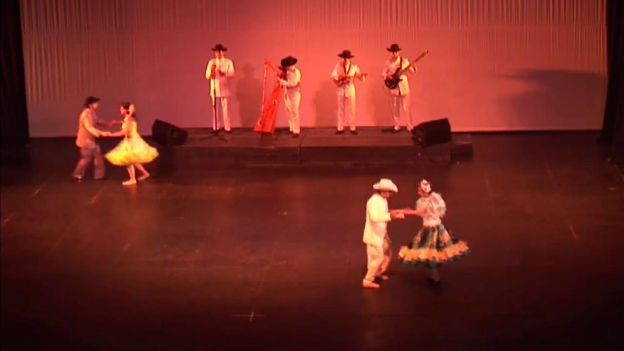 Maestros Aurora Martines y Gustavo Rodriguez (Danza folclórica)