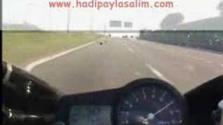 Motor-Motosiklet-300 km hız speed çılgın crayz