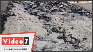 بالفيديو..للمرة الثانية..هبوط أرضى بشارع عمر المختار فى المطرية