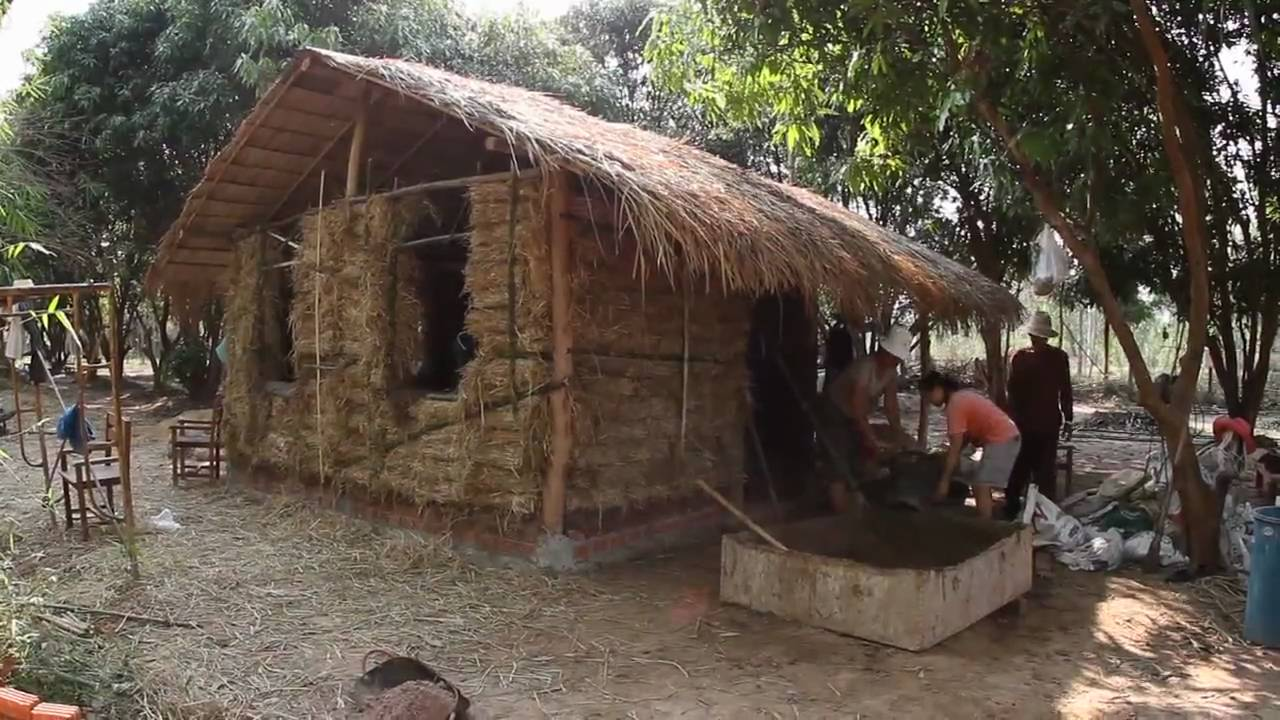 hay bale mud house weekend khon kaen thailand youtube. Black Bedroom Furniture Sets. Home Design Ideas