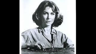 "Michele Carey in the 1973 TV movie ""The Norliss Tapes"""