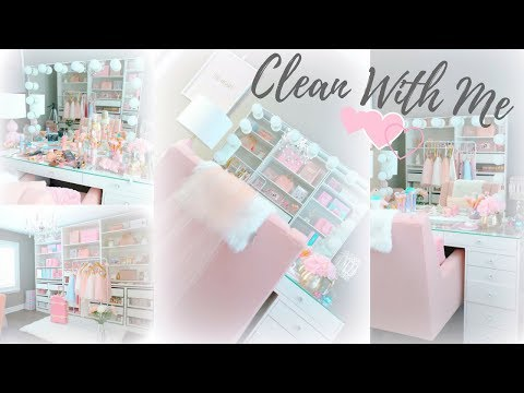 CLEAN AND ORGANIZE MY BEAUTY ROOM AND MAKEUP VANITY WITH ME!☕️👑💕 SLMissGlam☕️💕
