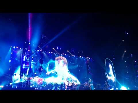 """Coldplay - End of """"Up & Up"""" live in Hannover (16.6.2017)"""