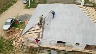 Четырехскатная шиферная крыша. Иваново Беларусь