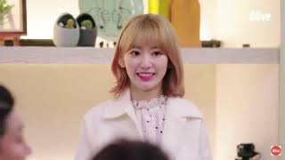 Gambar cover Wendy (Red Velvet) and Sakura (IZ*ONE) moments on Everyone's Kitchen  [ENG SUBS/Rough Translations]