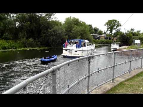 Large pleasure boat arriving at Eaton Socon lock, St Neots, FZ38
