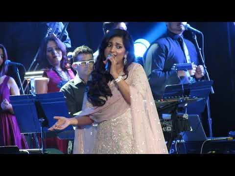 Barso Re Shreya Ghoshal Live (Guru)