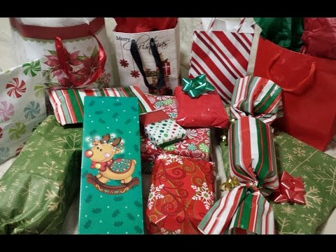 Christmas party game - white elephant gift exchange -vlogmas 12/22/16