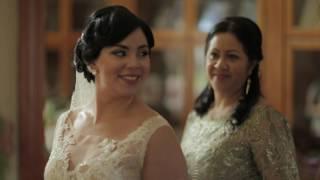 Winter wedding bride at home video