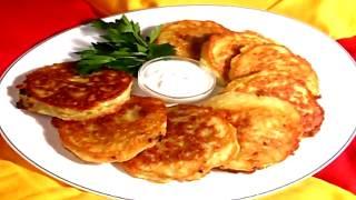 Как приготовить картофельные оладьи | How to make potato pancakes(Как приготовить картофельные оладьи. Самый простой способ приготовления оладьи. Еще можно посмотреть..., 2015-12-19T18:45:20.000Z)