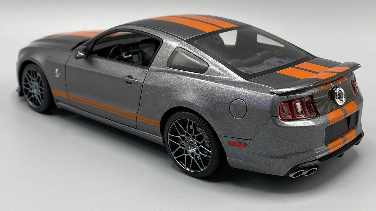 Building a 2013 Ford Shelby Mustang GT500 Model Kit - YouTube
