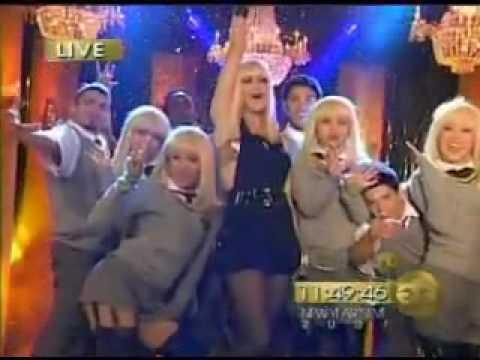Gwen Stefani  Wind it Up  on MTV New Years Eve