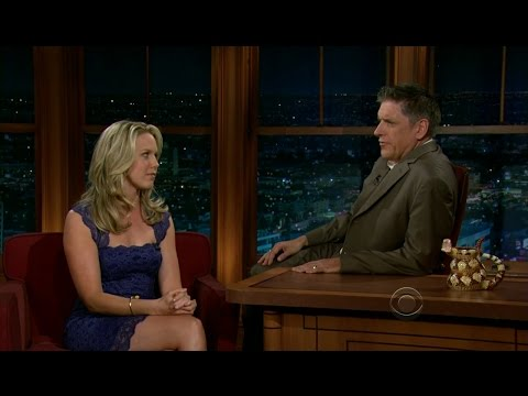 Late Late Show with Craig Ferguson 4/10/2012 Guy Pearce, Jessica St  Clair