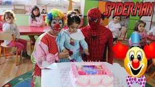 Palyaço Örümcek Adam Spiderman Kreş Eğlence Doğum Günü