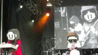 "8BM Eight Bits Memory - ""Stage II / Soft Bonus"" Live (Rock al Parque 2012)"