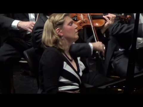 Klavierkonzert c Moll opus 24 KV 491 von W. A. Mozart, 1. Satz (Ausschnitt),  Silke Avenhaus - Piano