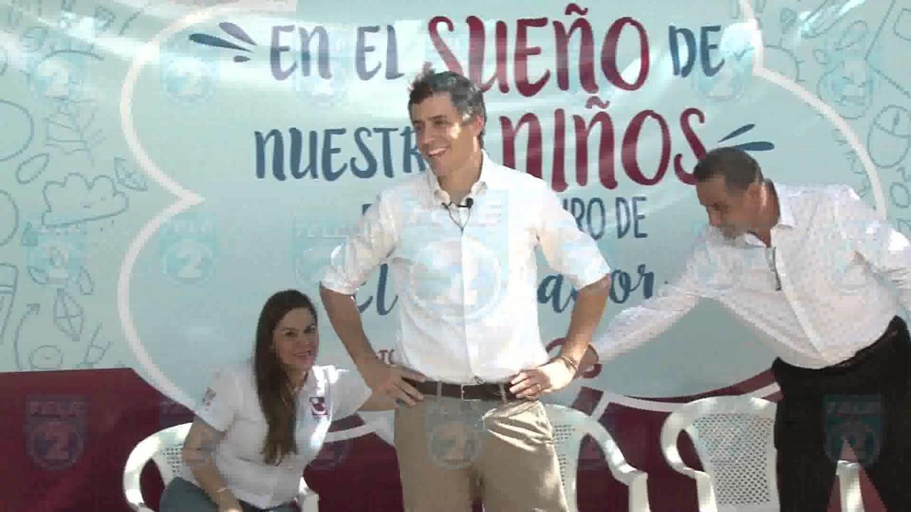 Resultado de imagen para empresario salvadoreño Carlos Calleja
