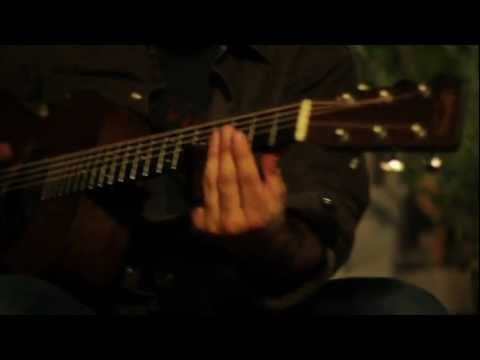 Slide guitar blues! Tony Furtado - from the Backyard