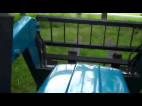 Mowing the field with my new holland 2120 youtube mowing the field with my new holland 2120 fandeluxe Image collections
