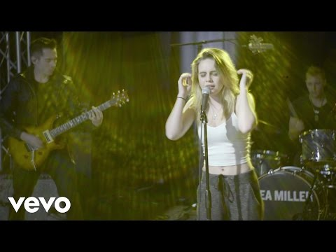 Bea Miller - Fire N Gold - Live in Studio (Vevo LIFT)