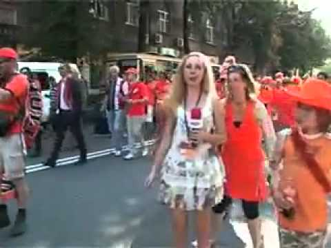 Crazy Netherland Fans Frustrate and Molest Ukraine Female TV Reporter