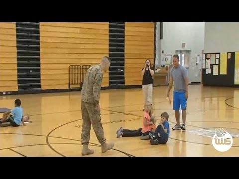 Hardin County Soldier Surprises his Children at School
