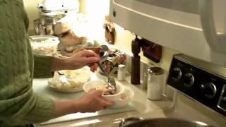 "Polish Easter Soup -  ""bialy Barszcz"" - Borsch - Recipe In Description! Video: Kodak $129 Playsport"