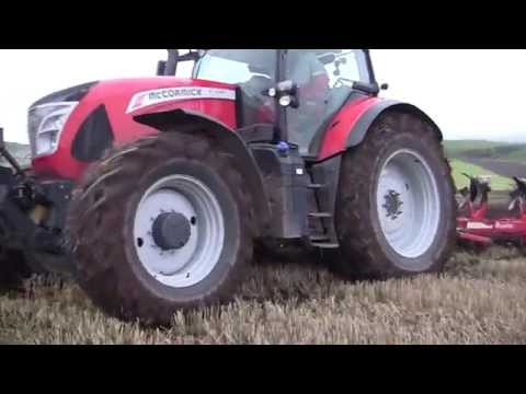 McCormick X7.680 tractor with Ovlac 5 furrow plough at Kirriemuir.