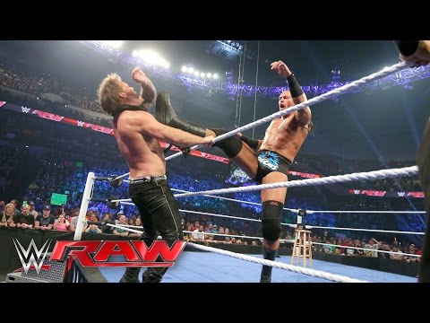 """Big Cass confronts Chris Jericho during """"The Highlight Reel"""": Raw, May 9, 2016"""