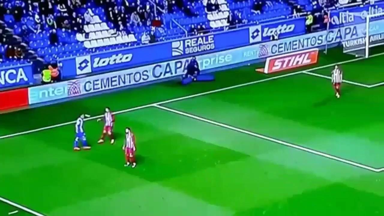 Fernando Torres Tragic Head Injury Deportivo vs Atl ...
