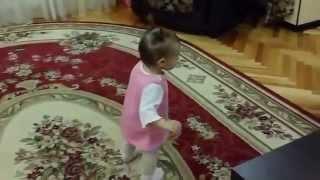 Смешные дети Малыши танцуют лезгинку(ЗАРАБОТОК НА YouTube! Курс ,,ПРОГРЕССИВНЫЙ СТАРТ В ЮТУБЕ