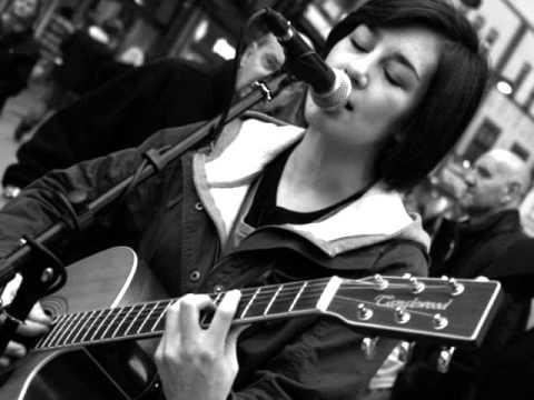 Hannah Trigwell-Headrush