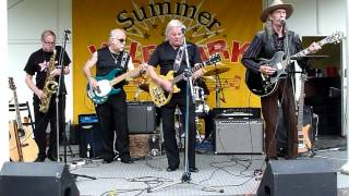 the undertakers feat jackie lomax tell me what you gonna do live at vale park 11 8 12