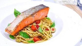 สปาเก็ตตี้ผัดกระเทียมแซลมอนย่าง Garlic Spaghetti With Grilled Salmon [alce Nero]