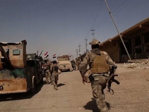 Raw: Iraq Troops Fight IS Group in Fallujah